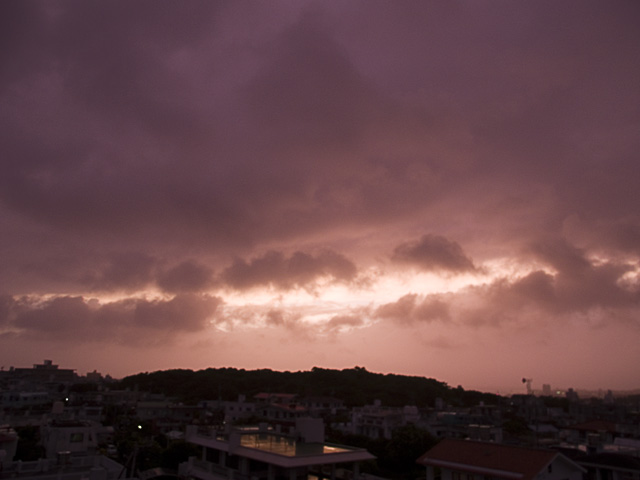070712_03sunset_typoon.jpg